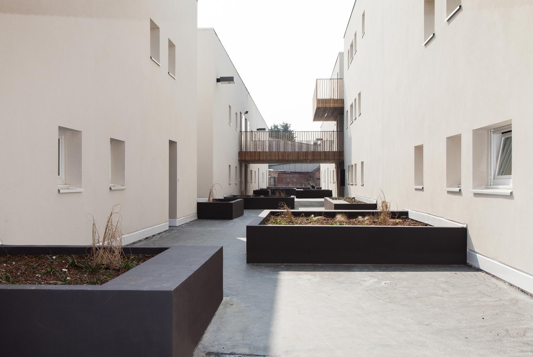 De alzua 41 logements tourcoing 59 - Piscine creusee contemporaine tourcoing ...
